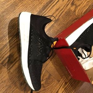 Brand new! New balance gym shoe size 7